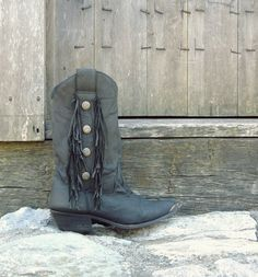 Black Fringe Cowboy Boots / Leather Fringe Boots / Western Boots / Silver Studded Boots / Steel Toe Boots / Size 7 Boots