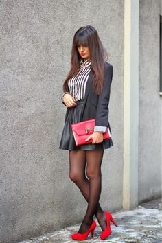 Black skirt and Red Bag,fashion blogger,fashion,style,outfit
