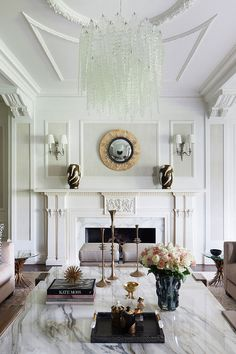 Here are some doable living room decor and interior design tips that will make your home cozy and comfortable for family and friends. Classic Interior, Modern Interior Design, Interior Architecture, Living Room Designs, Living Room Decor, Living Spaces, Living Room Lighting, Dining Room, Diy Home Decor Rustic