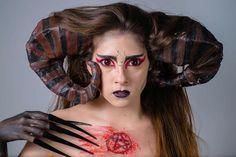 Mi tercer Beauty, esta vez de modelo, Taramay😍. #Board #Makeup #makeupartist #MakeupLover #horror_sketches #Characterization #Horn #Nails #Model #Master #Granada #Arteness #ArtenessMakeupSchool #Cuernos #Demon #Demonio #Beauty #Maquillaje #Caracterizacion #Maquilladora #Uñas #Cabra