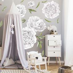 Samolepiace kvetinové tapety v bielej farbe z textilnej fólie, ktorá je umývateľná, pevná a vhodná aj na drsnú stenu. House, Vintage Floral, Edit Photos, Peonies, Room Wall Decor, Home, Homes, Houses