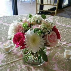 Centerpiece by Flower Bar.   #atlantaflorist #atlantawedding 404-431-0811 atlantaflowerbar.com Flower Bar, Centerpieces, Table Decorations, Cake Flowers, Atlanta Wedding, Reception, Instagram Posts, Home Decor, Decoration Home