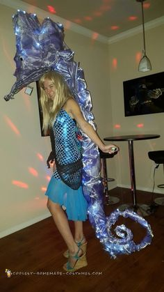 Insanely Awesome Light-Up Seahorse Costume! Couple Halloween Costumes For Adults, Halloween Costume Contest, Costumes For Teens, Adult Costumes, Halloween Ideas, Costume Ideas, Halloween College, Indian Princess Costume, Princess Jasmine Costume