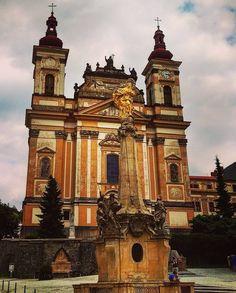 #church #monument #heritage #architecture #archipics #ig_czech #morava #travelgram #legacy #building #ic_architecture #ig_architecture #igtravel #igtraveller #ig_daily #igeurope #art_chitecture #artphotography #colours #amazingarchitecture #baroque #classic_arch #composition #igrejapelomundo by akakiy_b