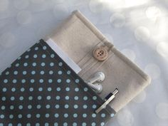iPad mini cover - Kindle sleeve - Nook case - ereader case - Nexus 7 cover /gray with aqua dots fabric