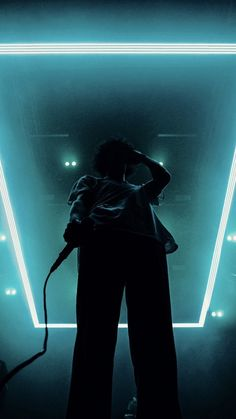 Bedroom Wall Collage, Photo Wall Collage, Picture Wall, The 1975 Wallpaper, Screen Wallpaper, Flower Wallpaper, The 1975 Live, The 1975 Concert, Matty Healy