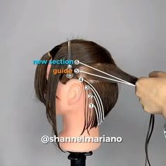 Trendfrisuren Bob, akkurater Mittelscheitel oder The french language Hair Cutting Videos, Hair Cutting Techniques, Hair Color Techniques, Hair Videos, Hair Cut Guide, Cut Own Hair, Hair Highlights, Short Hair Cuts, Hair Lengths