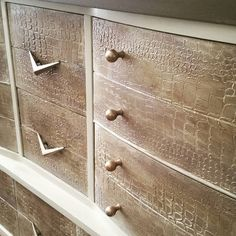 Beautiful finish on dresser drawers by Deep Creek Vintage. They used the Modern Masters Metallic Paint Collection over a gorgeous raised crocodile finish that really gives this dresser a stylish, grand look. Glitter Furniture, Paint Furniture, Furniture Makeover, Modern Furniture, Furniture Ideas, Reclaimed Furniture, Repurposed Furniture, Faux Painting Techniques, New Project Ideas