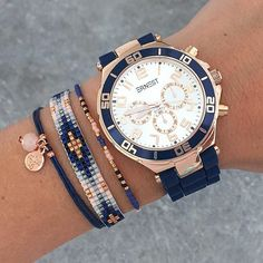 ABSOLUTELY SUPERB!! - LOVE THE WATCH & ADDITIONAL BLING, WHICH MAKES THE PERFECT ACCESSORY TO AN OUTFIT!! STUNNING!!