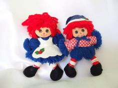 These vintage Christmas ornaments are just delightful! The yarn Raggedy Ann and…