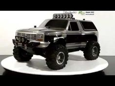 Traxxas Slash 4x4 Trail Truck / Crawler