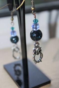 Blue crystal Silver owl earring Beaded earrings by TwyningsDesigns