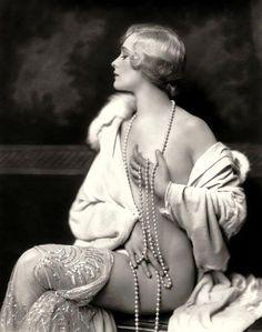 «Девушки Зигфелда»: самые сексуальные актрисы Бродвея 1920-х годов • НОВОСТИ В ФОТОГРАФИЯХ