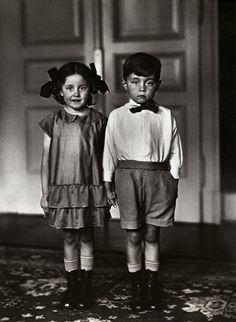 August Sander   Middle Class Children, 1925