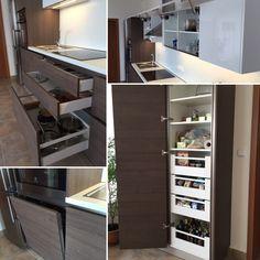 Moderní kuchyň zásuvky Blum antaro potravinová skříň Blum bezůchytkové profily
