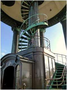 Amazing Places On Earth, Great Places, Places To Visit, German Oktoberfest, Beautiful Stairs, Reisen In Europa, Modern Stairs, Hamburg Germany, Stunning Photography