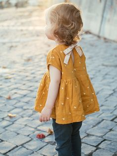 yellow pinafore.#kidsfashion