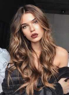 10 Fascinating Summer Hair Color Ash Brown for 2019 for you : Have a look! - 10 Fascinating Summer Hair Color Ash Brown for 2019 for you : Have a look! Blonde Brown Hair Color, Brown Hair Balayage, Hair Color Balayage, Brown Hair Colors, Ombre Hair, Wavy Hair, Gold Brown Hair, Blonde Ombre, Blonde Balayage