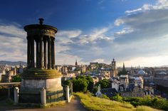 4-Day Edinburgh and Loch Ness Tour at Easter from London 			Spend the 4-day weekend this Easter in the Scottish Capital, in this 3 night break to Edinburgh. Included is 3 nights hotel accommodation with breakfast at the Holiday Inn Edinburgh, return coach travel from London and a guided sightseeing tour of Edinburgh with a local Scottish Guide. Also included is a day trip excursion to the Scottish Highlands and Loch Ness!  You will also visit Gretna Green and York on your jour...
