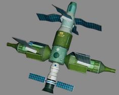 Mir Space Station Free Paper Model Download - http://www.papercraftsquare.com/mir-space-station-free-paper-model-download.html#1144, #Mir, #Space, #SpaceStation