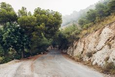 mieletrouille:  homeisaplaceinthehills:  Old Coastal Road...