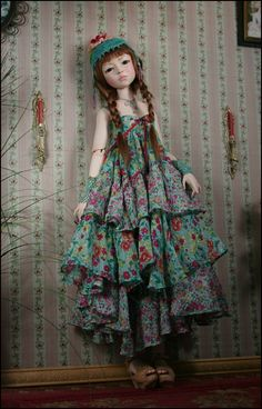 Dale's Doll Blog - love the clothes