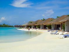 On the beech . Honeymoon Destinations, Holiday Destinations, Island Resort, Beautiful Islands, Wonderful Places, Photo Credit, Places To Visit, World, Beach