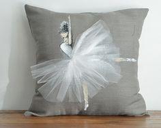Funda de almohada de bailarina tutu rosa Plafón por ShenasiConcept
