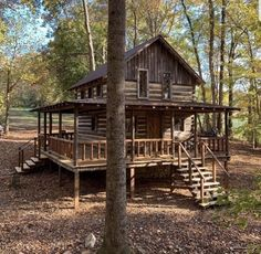 Today's cabin in the woods. Log Cabin Living, Small Log Cabin, Tiny Cabins, Little Cabin, Tiny House Cabin, Log Cabin Homes, Cabins And Cottages, Rustic Cabins, Small Rustic House