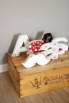 Drewniane literki! Chcesz mieć swój własny napis? Skontaktuj się z nami! Stworzymy to co chcesz specjalnie dla Ciebie:)