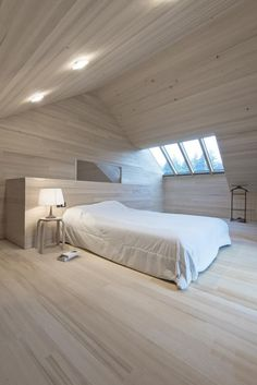 Residence by LP Architektur – Gary Popp D. Residence by LP Architektur D. Residence by LP Architektur Wood Architecture, Modern Bedroom Design, Bedroom Designs, Villa Design, Wood Interiors, Living Spaces, New Homes, House Ideas, Home Decor