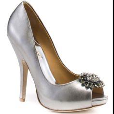 Badgley Mischka Lissa - Pewter Metallic, from heels.com