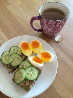 Lavkarbo for en uke - Nina sin frokost, lunch og middag - diasensa blog Low Carb Recipes, Real Food Recipes, Dessert Recipes, Healthy Recipes, Health Coach, Main Meals, Avocado, Food And Drink, Health Fitness