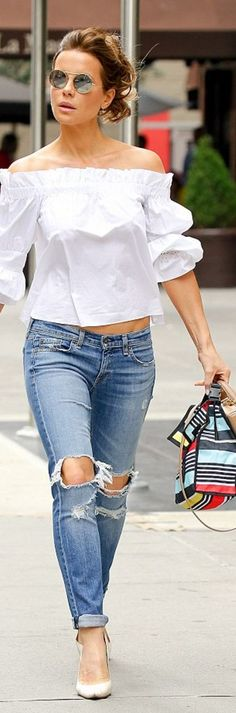 Kate Beckinsale: Shirt – Alexis Jeans – Rag & Bone Purse – Mark Cross Sunglasses – Illesteva