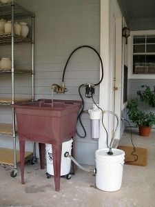 Save the sink with a bucket system and hand/tool wash procedures! Pottery Shop, Pottery Tools, Slab Pottery, Pottery Studio, Ceramic Pottery, Ceramic Art, Pottery Ideas, Pottery Vase, Ceramic Mugs