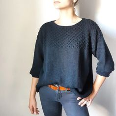 Ravelry: Le pull Juliette pattern by Mon blabla de fille Knitted Heart, Knit Beanie Hat, Sweater Knitting Patterns, Crochet Poncho, Cozy Sweaters, Mode Style, Clothes, Spring Jumpers, Pulls
