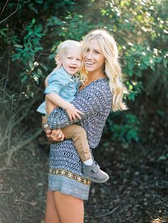 Family Portraits of Erica Schneider by Jill Thomas Photography