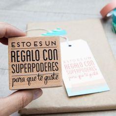 Sello – Esto es un regalo con superpoderes para que te guste