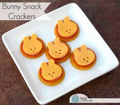 BentoLunch.net - What's for lunch at our house: Make Bunny Snack Crackers!