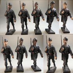 Lineol 10 Soldaten Luftwaffe im Marsch mit Dienstmütze (40166) | eBay