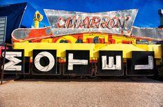 Las Vegas Neon Boneyard / Frank McKenna