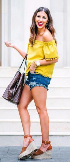 spring fashion Yellow Off The Shoulder Top & Ripped Denim Short & Brown Platform Sandals