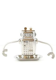 Fill the Tea Robot with your favorite tea leaves - and dunk! Bendable arms hold him in position.