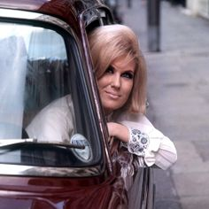 The beauty icons of the 60s - Dusty Springfield