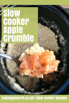 Make dessert in your slow cooker with this simple apple crumble, the oaty crumble topping crisps up while the cinnamon apple filling cooks! Slow Cooker Cake, Slow Cooker Apples, Cooked Apples, Slow Cooker Recipes, Crockpot Recipes, Cooking Recipes, Meals Kids Love, Recipe Cover, Apple Filling