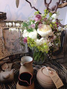 Fabulous flowers by Amamini Flowers. Perfect pottery by Matt Waite.