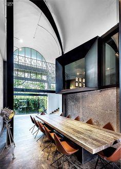 25 Simply Amazing Concrete Interiors