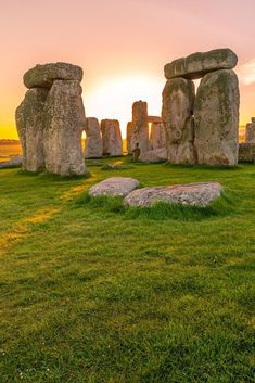 Terrific On Inventive and Nice Stonehenge, in Engl. Stonehenge, Machu Picchu, Places To Travel, Places To Go, Travel Destinations, Landscape Photography, Travel Photography, Single Travel, Famous Monuments