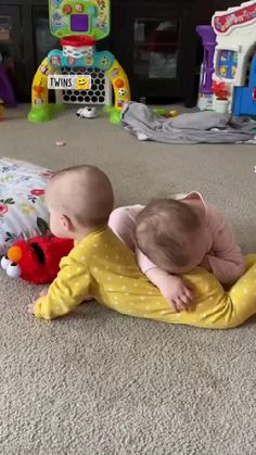 Cute Funny Baby Videos, Cute Funny Babies, Funny Cute, Cute Little Baby, Little Babies, Baby Love, Funny Videos, Funny Animal Videos, Cute Baby Pictures
