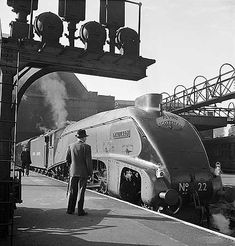 Kings Cross Station, 1948. Love those streamline locomotives. Scan your old…